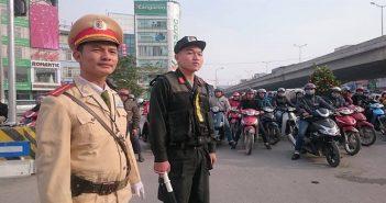 Bắt đối tượng vi phạm giao thông chống người thi hành công vụ